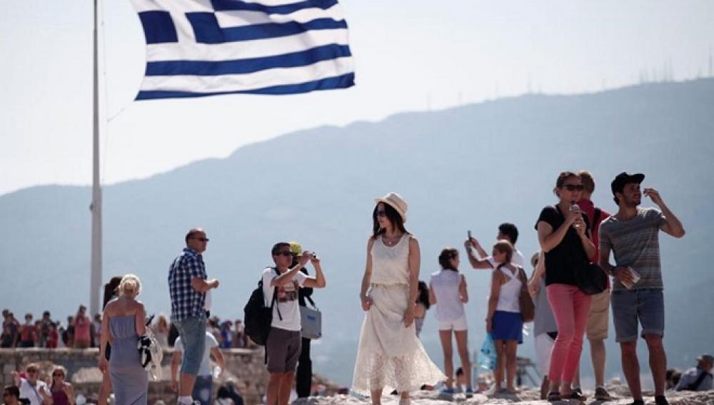 80% μείωση στις φετινές αφίξεις τουριστών στην Ελλάδα