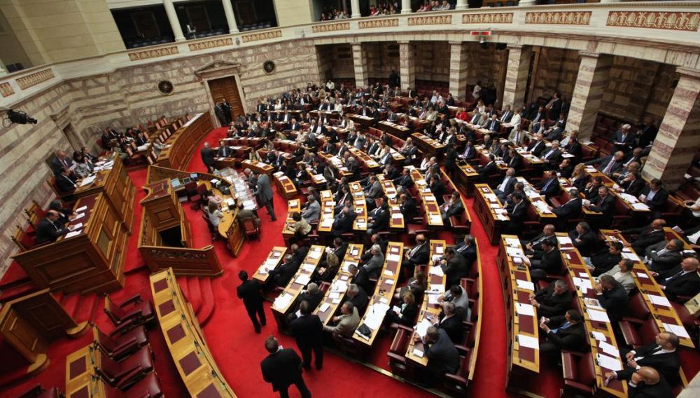 Στη Βουλή οι ΑΟΖ με Αίγυπτο-Ιταλία: Τα12 ν.μ και η θέση των ΗΠΑ
