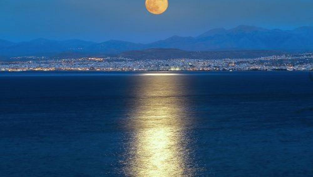 Κρήτη: Απόψε η αυγουστιάτικη Πανσέληνος - Εκδηλώσεις με ελεύθερη είσοδο