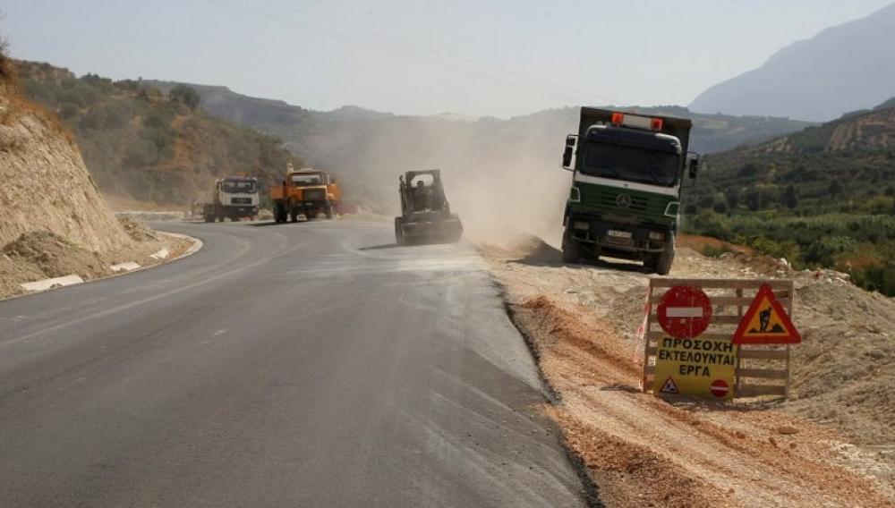 Έργα αποκατάστασης καταστροφών οδικού δικτύου και υποδομών στο Δήμο Πλατανιά
