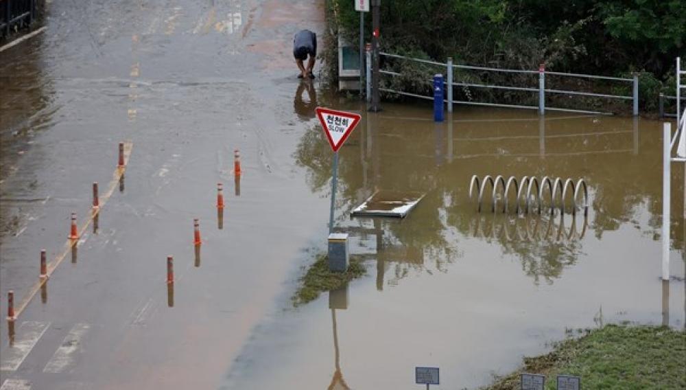 Νότια Κορέα: 21 νεκροί μέχρι στιγμής εξαιτίας των βροχοπτώσεων