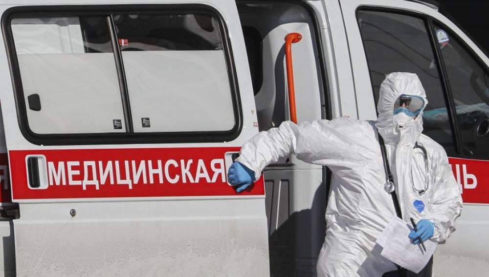 Covid-19: Στα 800.000 ανέρχονται τα κρούσματα στη Ρωσία
