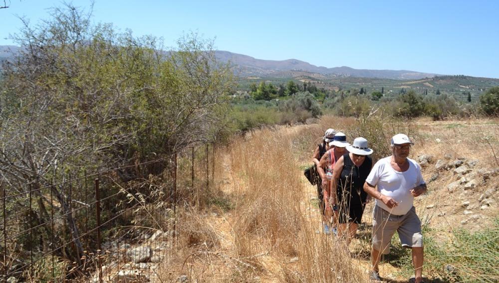 Θέμα newshub.gr: Εκστρατεία για να αναδειχθεί το βενετσιάνικο μονοπάτι του Αη Γιάννη Φαιστού (φωτογραφίες)