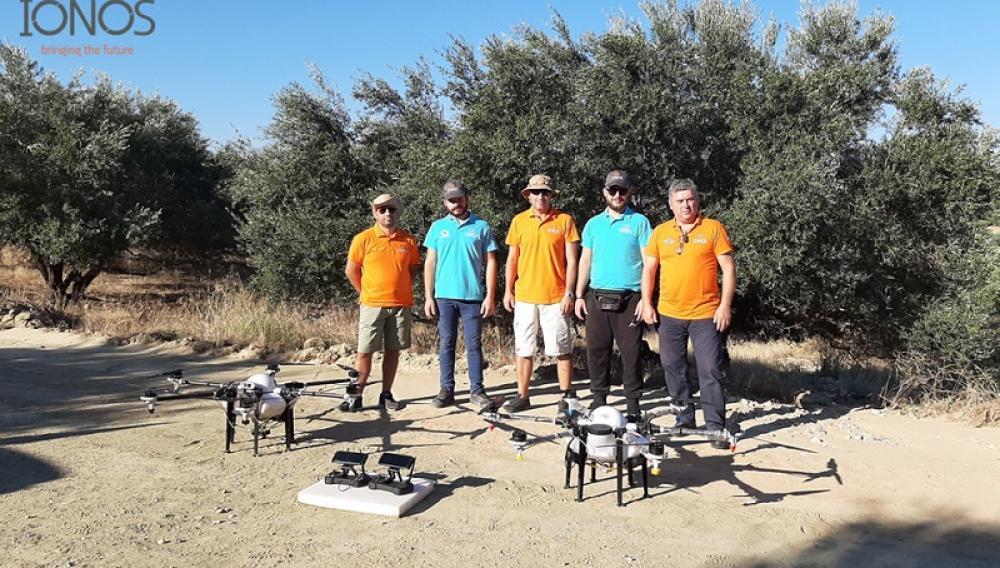 Στην Κρήτη η πρώτη πανελλήνια εφαρμογή δολωματικών ψεκασμών με drone