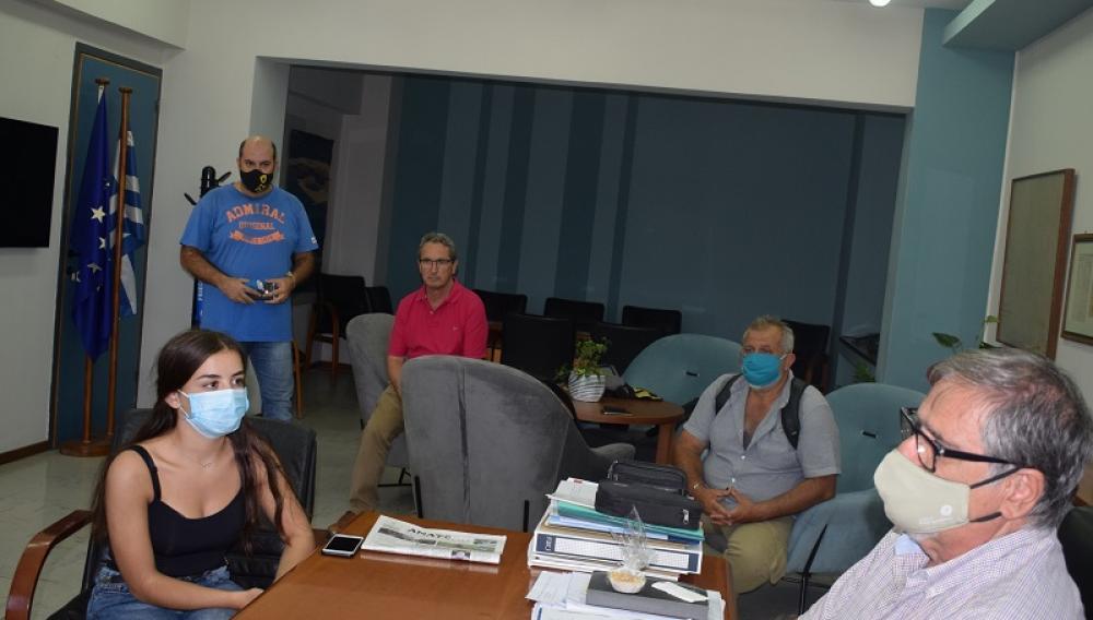 Συνάντηση με τους εκπροσώπους της μαθητικής κοινότητας είχε ο Δήμαρχος Αγίου Νικολάου