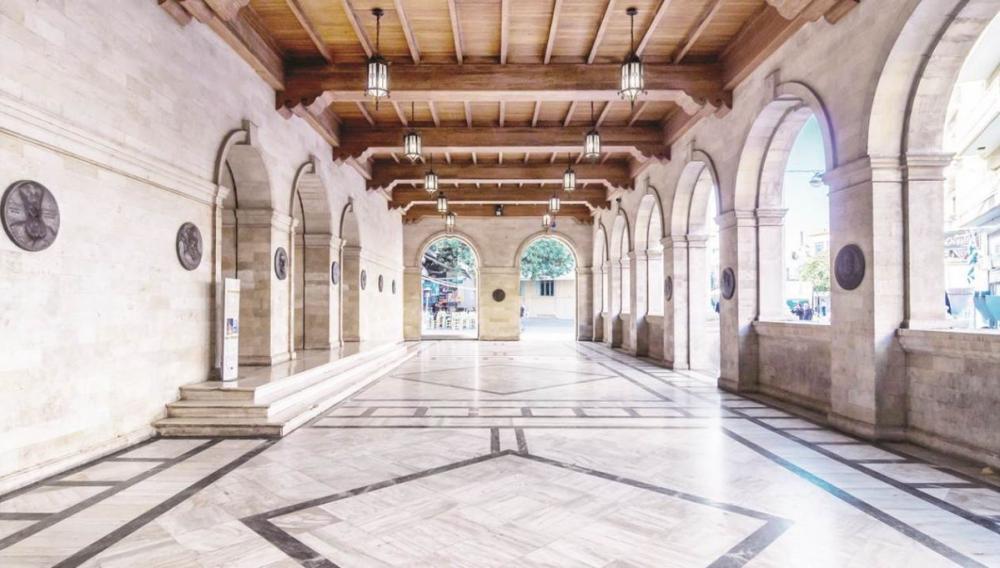 O Δήμος Ηρακλείου ανανεώνει την τουριστική εικόνα της πόλης