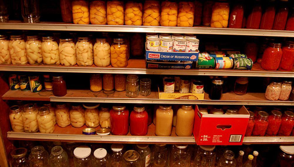 Οι χώρες «φορτώνουν» τις αποθήκες τροφίμων