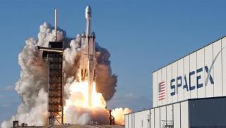 Η Space X σχεδιάζει την πρώτη μη επανδρωμένη αποστολή της στον Άρη