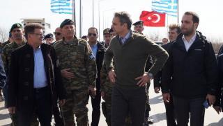Μυστική συνάντηση Μητσοτάκη με τους αρχηγούς των Ενόπλων Δυνάμεων