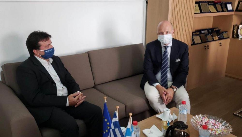 Συνάντηση Αντιπεριφερειάρχη Ηρακλείου με τον Φινλανδό Πρέσβη