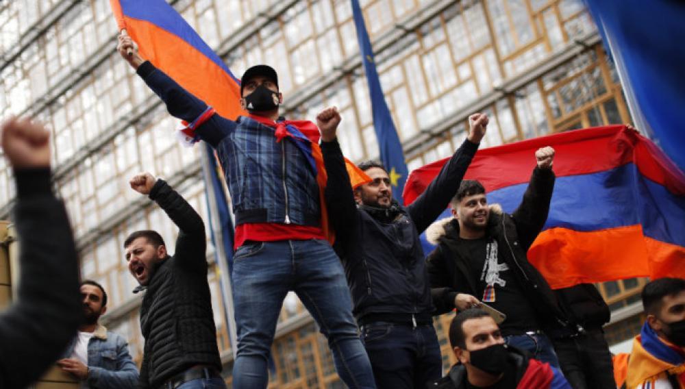 Η ΕΕ φοβάται διεθνοποίηση της σύγκρουσης με ανάμιξη Ρωσίας και Τουρκίας