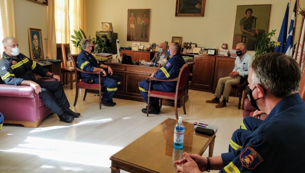 Συνάντηση Δημάρχου Ηρακλείου με τον Συντονιστή Πυροσβεστικών Δυνάμεων Βορείου-Νοτίου Αιγαίου και Κρήτης