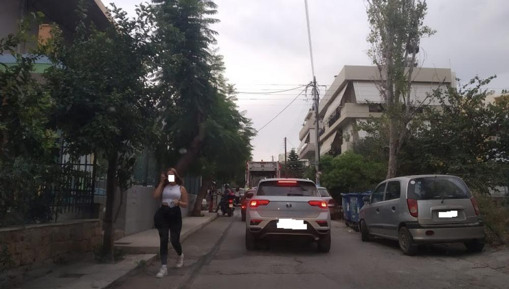 Ηράκλειο: «Χάνουμε το σχολικό κουδούνι εξαιτίας του σκουπιδιάρικου»