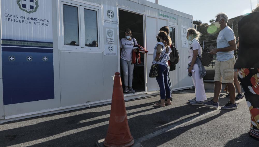 Κορωνοϊός : Nέος αρνητικός απολογισμός με 302 κρούσματα και 53 διασωληνωμένους