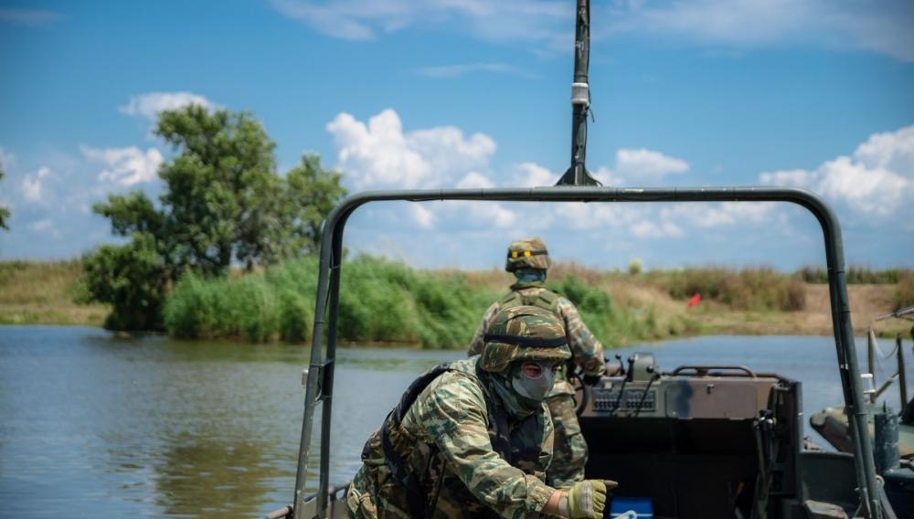 Σε ετοιμότητα οι Ενοπλες Δυνάμεις όσο η Αγκυρα επιμένει