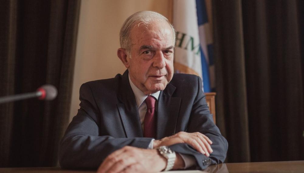 Ο Δήμαρχος Ηρακλείου σε σχολεία για τον αγιασμό - Το μήνυμα του για τη νέα χρονιά