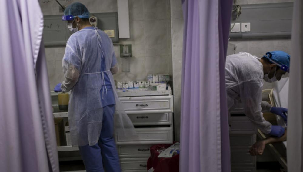 Κορωνοϊός: 28,93 εκατ. κρούσματα και 921.437 θάνατοι παγκοσμίως