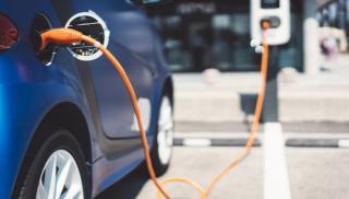 Επτά νέους σταθμούς φόρτισης ηλεκτρικών οχημάτων εγκαθιστά η Περιφέρεια Κ. Μακεδονίας