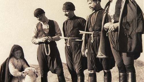 Κρητικό Μαχαίρι: Ιστορία, χαρακτηριστικά και παραδόσεις