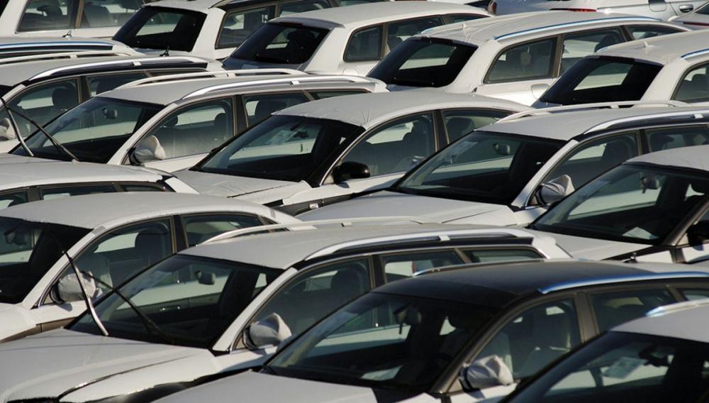 Οι πωλήσεις αυτοκινήτων στην Ευρώπη, σημείωσαν πτώση 18%