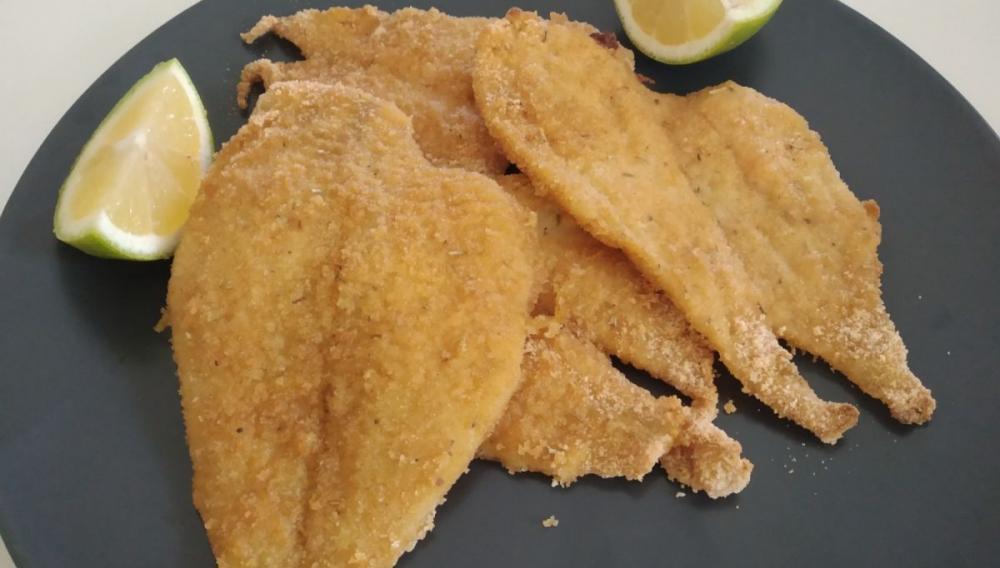 Ψάρι πανέ με μυρωδικά σε 18 λεπτά!