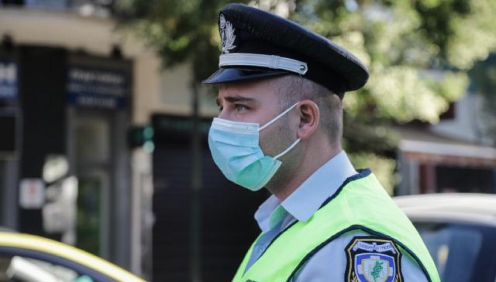 Κορωνοϊός- Ελέγχοι: Πρόστιμα για τη μάσκα, «Λουκέτα» σε καταστήματα και συλλήψεις