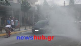 Ηράκλειο: ΙΧ πήρε φωτιά εν κινήσει - Εσβησαν τη φωτιά με τα λάστιχα! (φωτογραφίες)