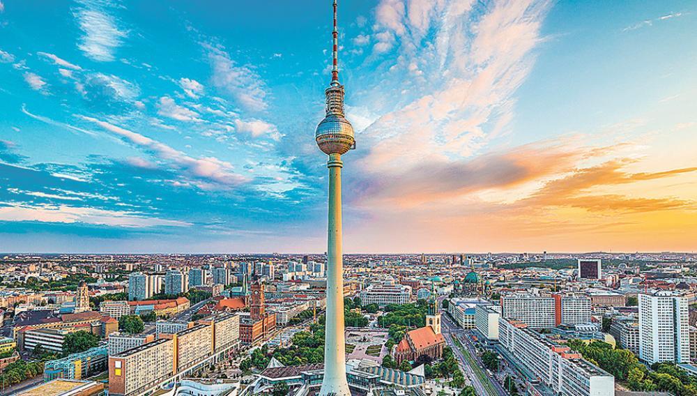 Χαμηλότερη ύφεση στη Γερμανία σε σχέση με τις αρχικές εκτιμήσεις