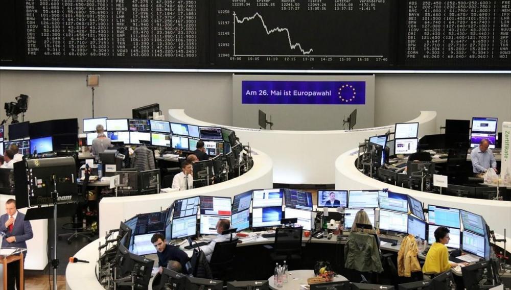 Σοκ στα  διεθνή χρηματιστήρια: Οι φόβοι για lockdown και το σκάνδαλο με τα FinCEN files