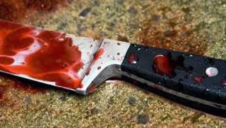 Νέο αιματηρό περιστατικό: Τον μαχαίρωσε στη μέση του δρόμου των Χανίων