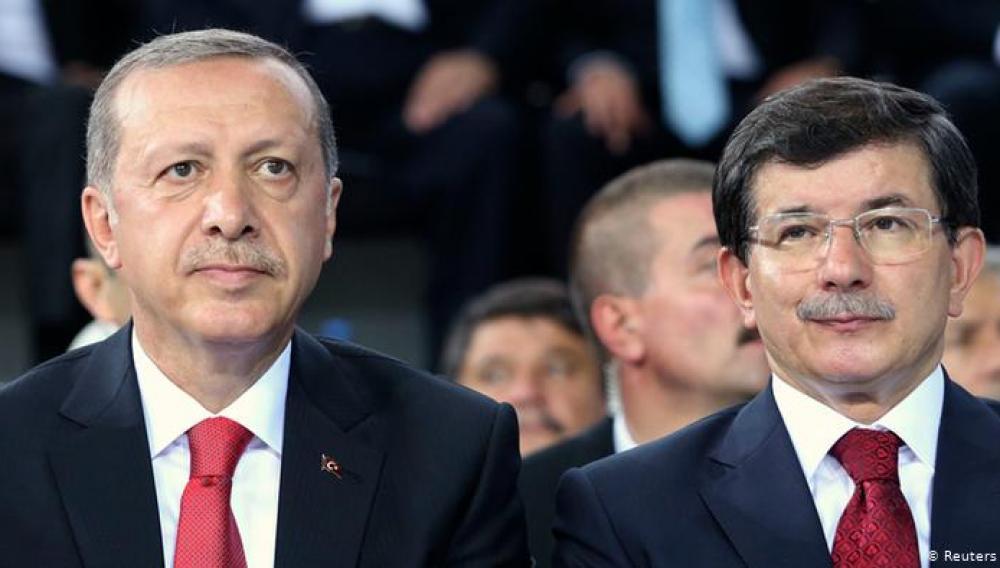 Νταβούτογλου: Ο Ερντογάν θέλει πόλεμο στην Ανατολική Μεσόγειο