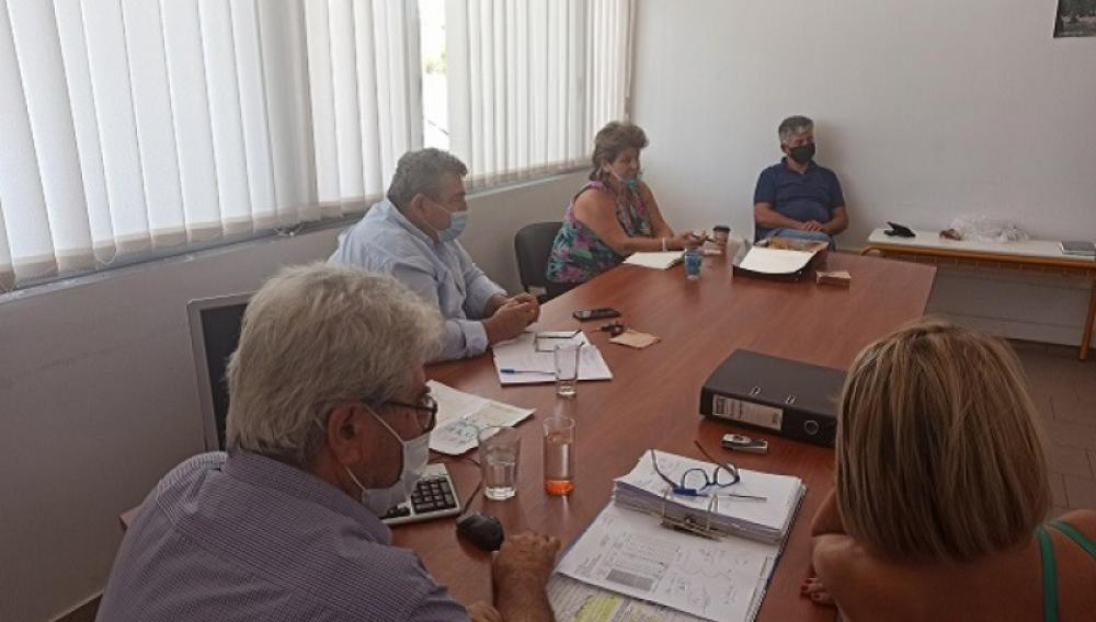 Συνάντηση με τους εκπροσώπους των εργολάβων παγιδοθεσίας και ψεκασμών