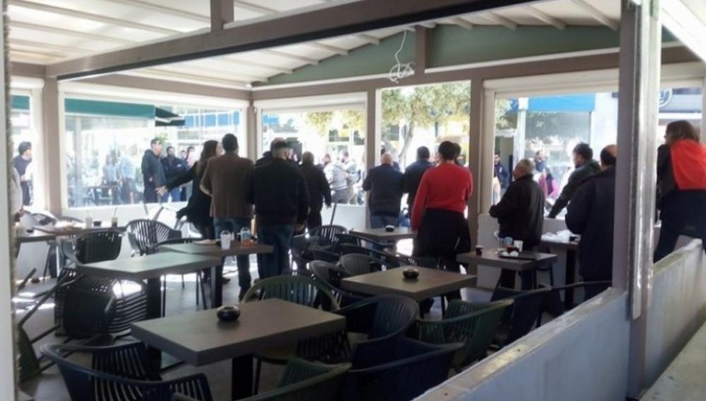 Ηράκλειο: Έπεσε ξύλο μέσα σε καφετέρια στο Μασταμπά!