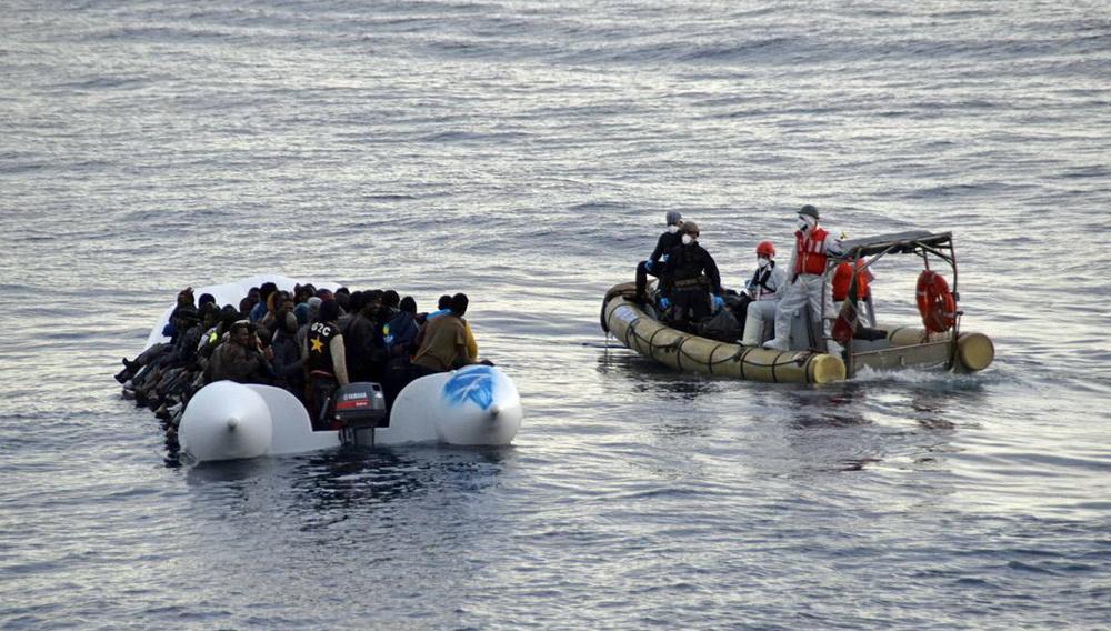 Στην Παλαιόχωρα το σκάφος με τους μετανάστες
