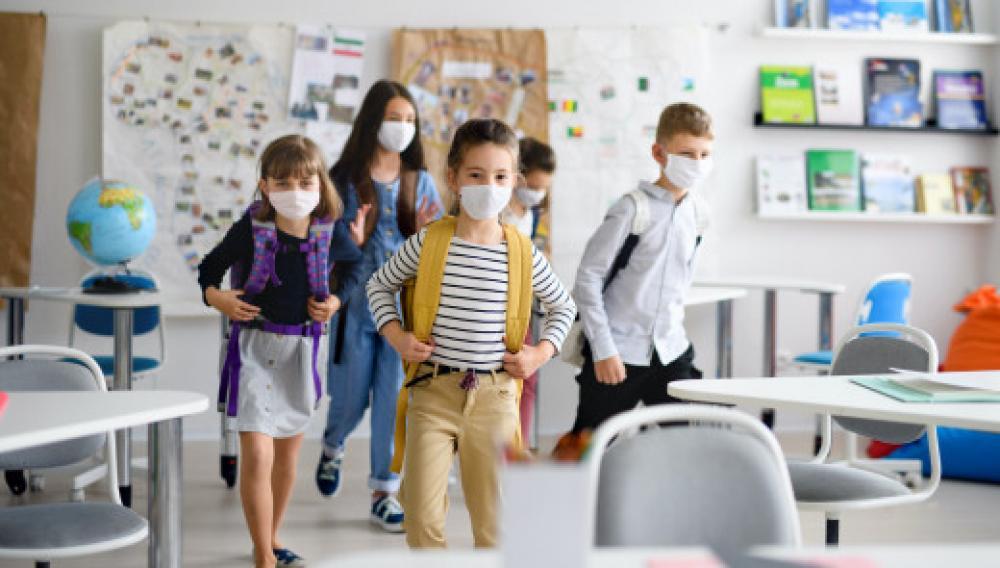 Πρόεδρος δασκάλων: Δεν θα γίνουμε σάκος του μποξ για τις μάσκες στα σχολεία